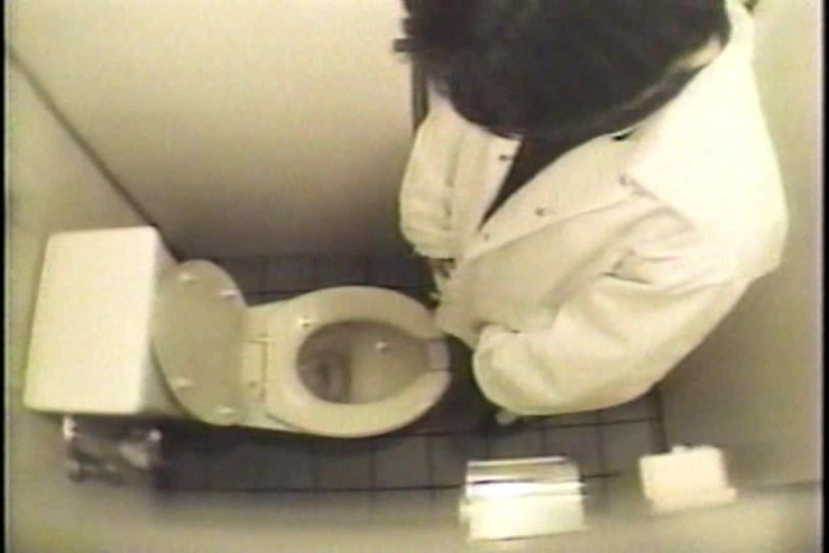 盗撮 女子洗面所3ヶ所入ってしゃがんで音出して プライベート  109連発 24