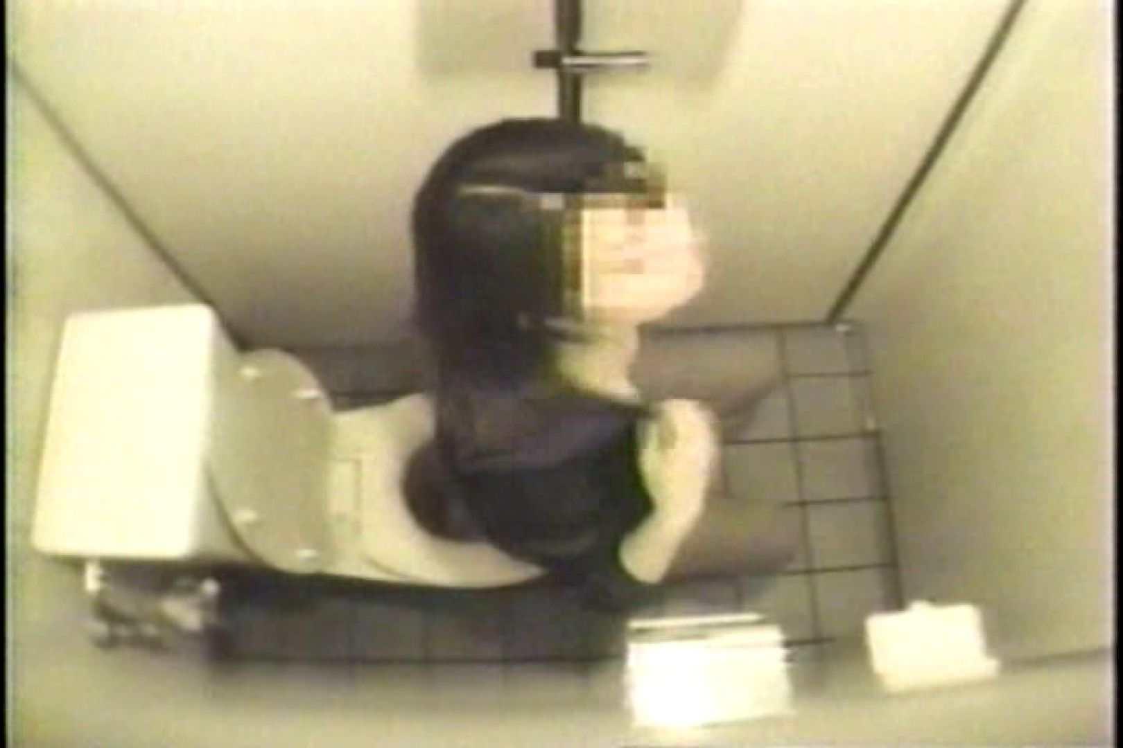 盗撮 女子洗面所3ヶ所入ってしゃがんで音出して プライベート  109連発 68