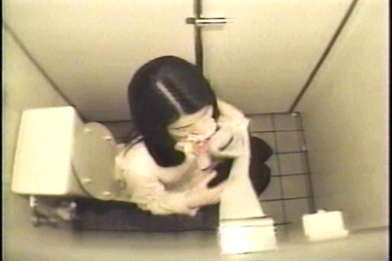 盗撮 女子洗面所3ヶ所入ってしゃがんで音出して プライベート   和式  109連発 73