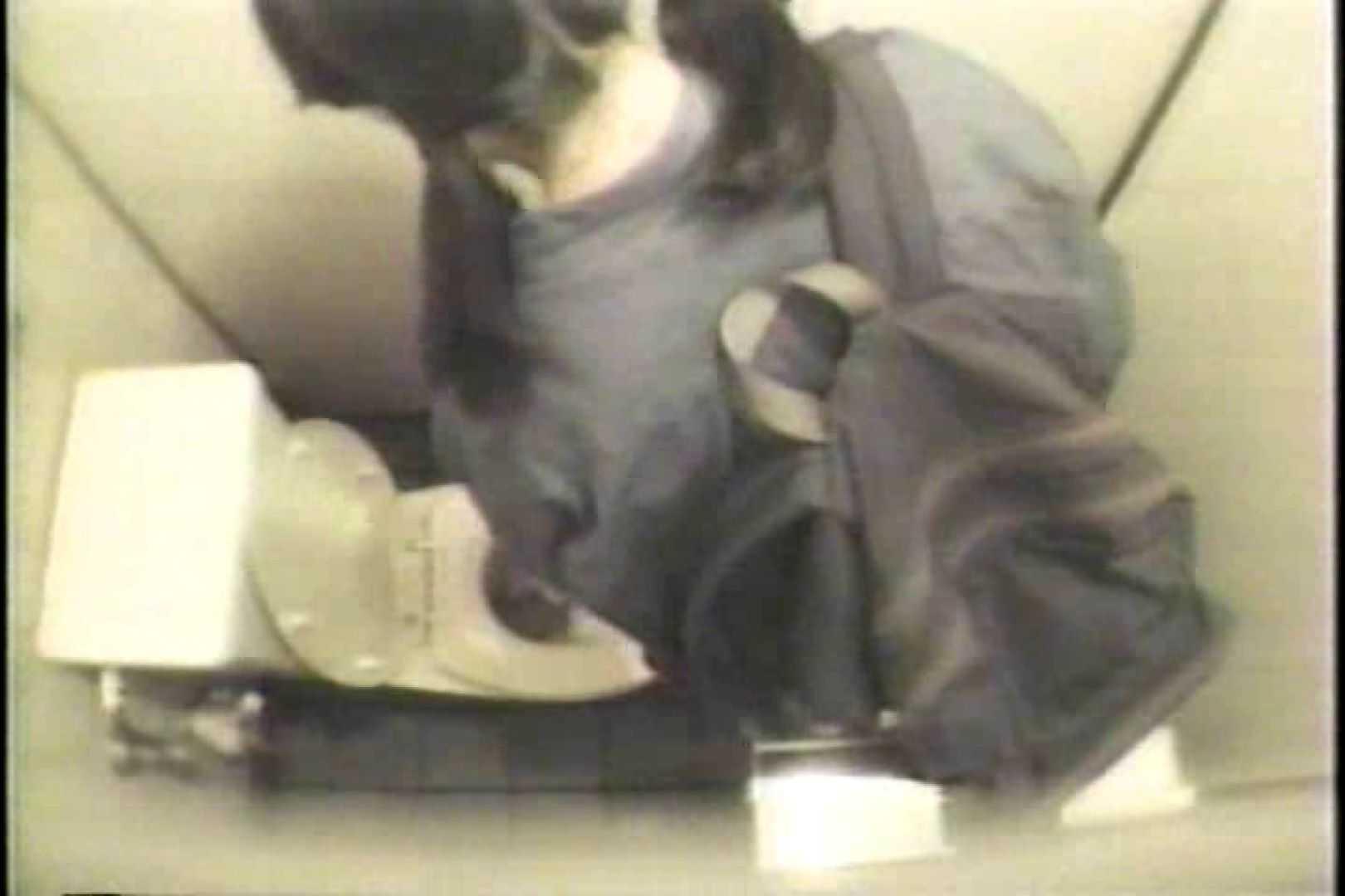 盗撮 女子洗面所3ヶ所入ってしゃがんで音出して プライベート  109連発 92
